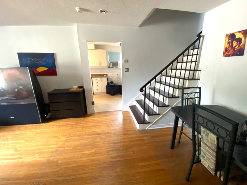 12 Lonsdale Place - Upper, Living Room / Stairway