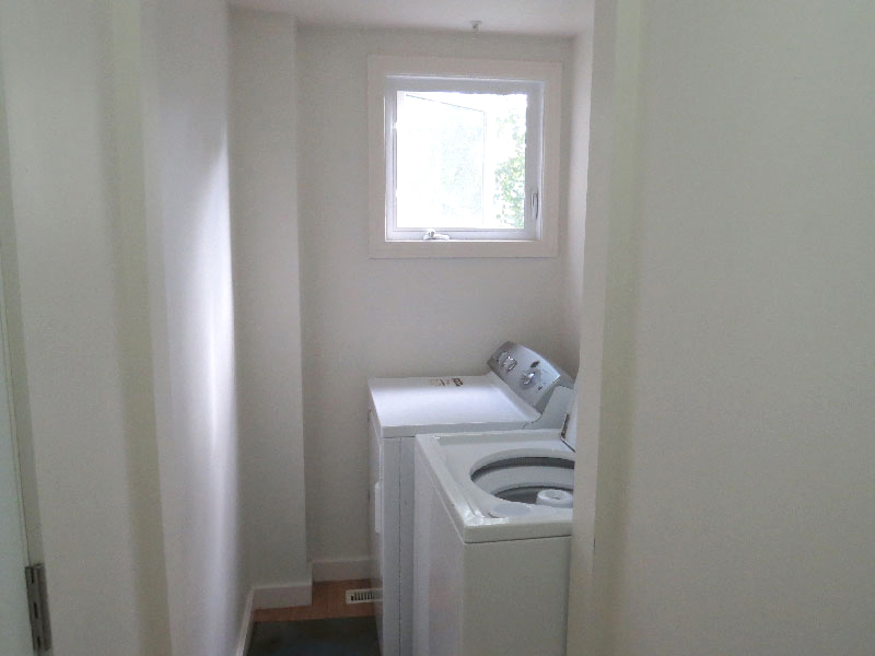 3 West Gate - Lower, Laundry