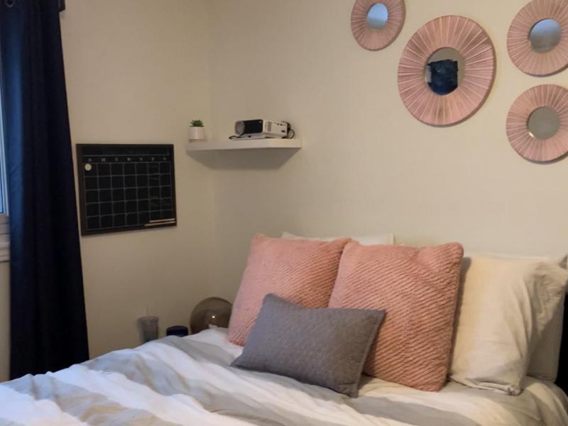 3 West Gate – Upper, Bedroom