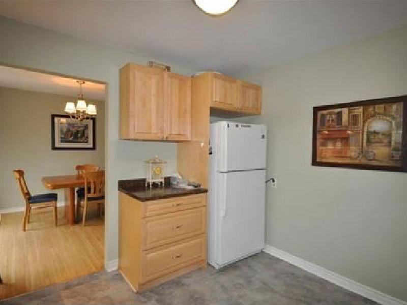 3 West Gate – Upper, Kitchen