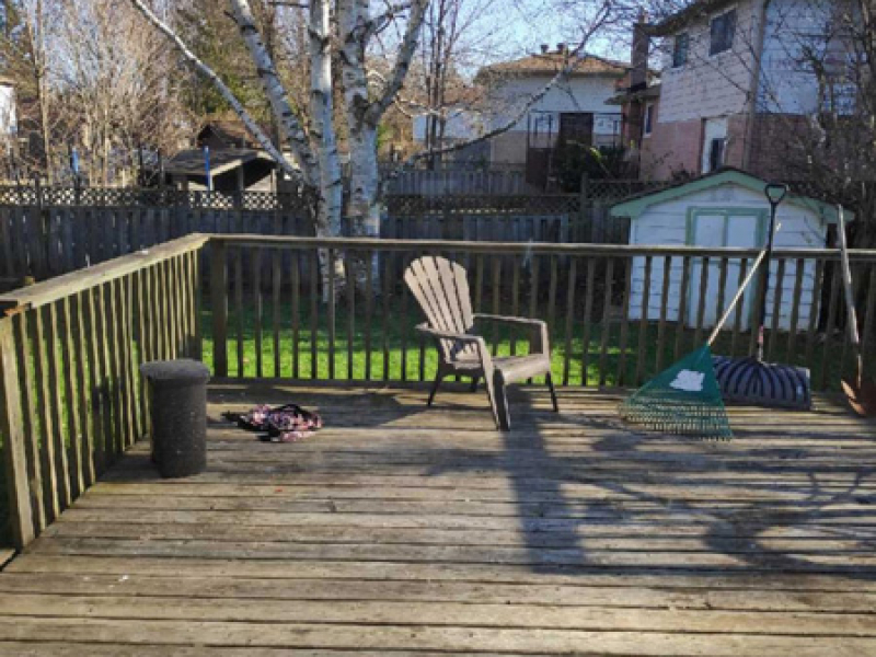 3 West Gate – Upper, Back Deck
