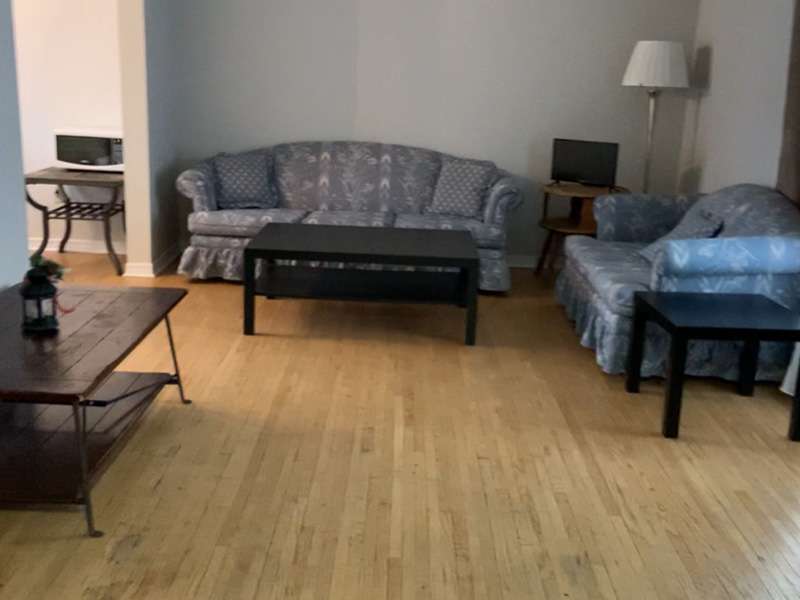 3 West Gate – Upper, Living Room