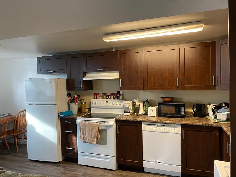 60 College Crescent - Lower, Kitchen