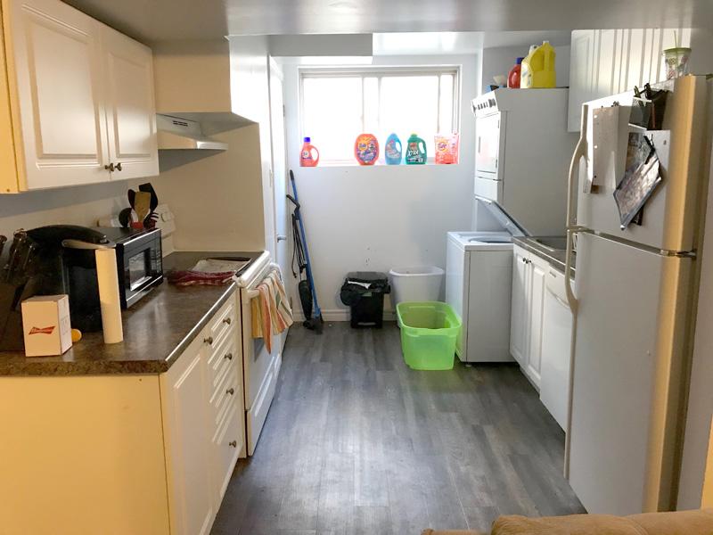 76 Bernick Upper, Kitchen