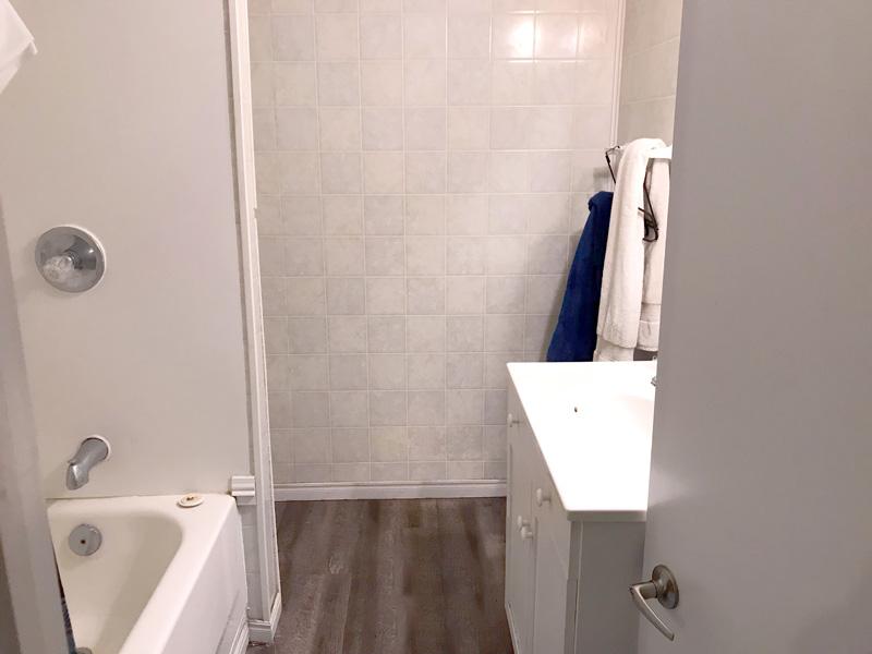 76 Bernick Upper, Bathroom
