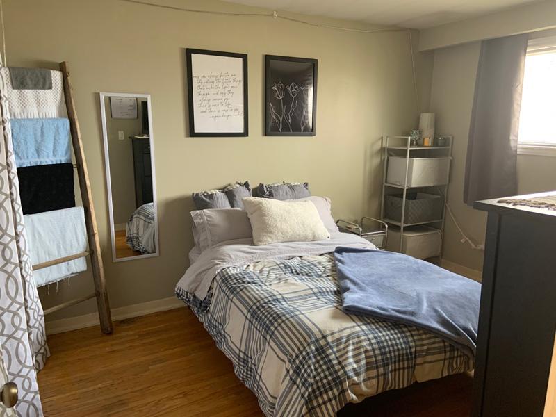 81 College Street - Upper, Bedroom