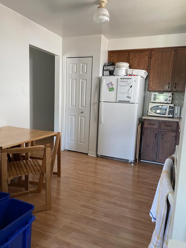 282 Cook Street – Upper, Kitchen