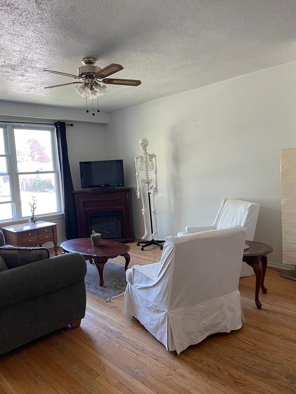 282 Cook Street – Upper, Living Room